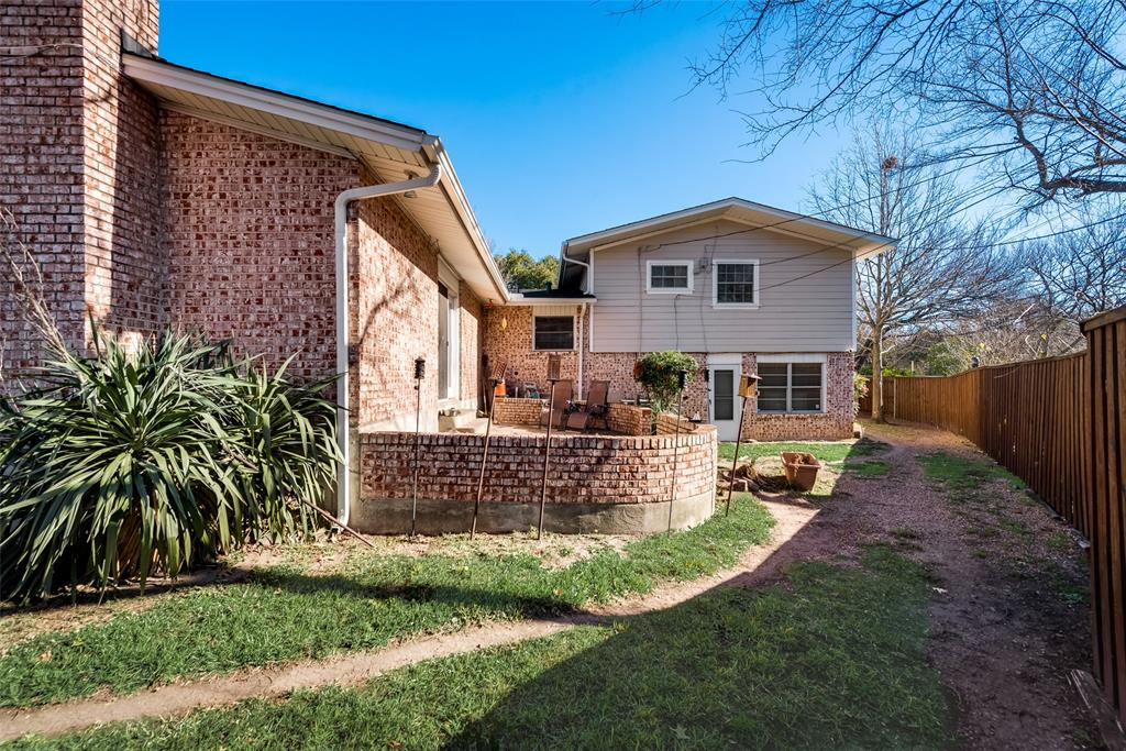 11615 Rogue Way, Dallas, Texas 75218 - acquisto real estate best listing photos hannah ewing mckinney real estate expert