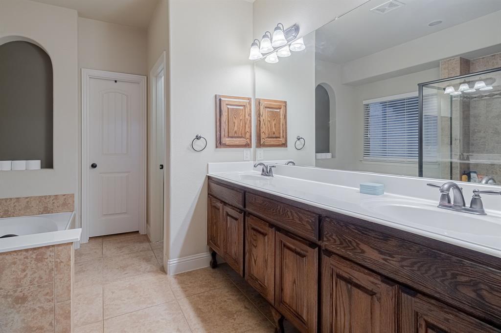 912 Brendan Drive, Little Elm, Texas 75068 - acquisto real estate best new home sales realtor linda miller executor real estate