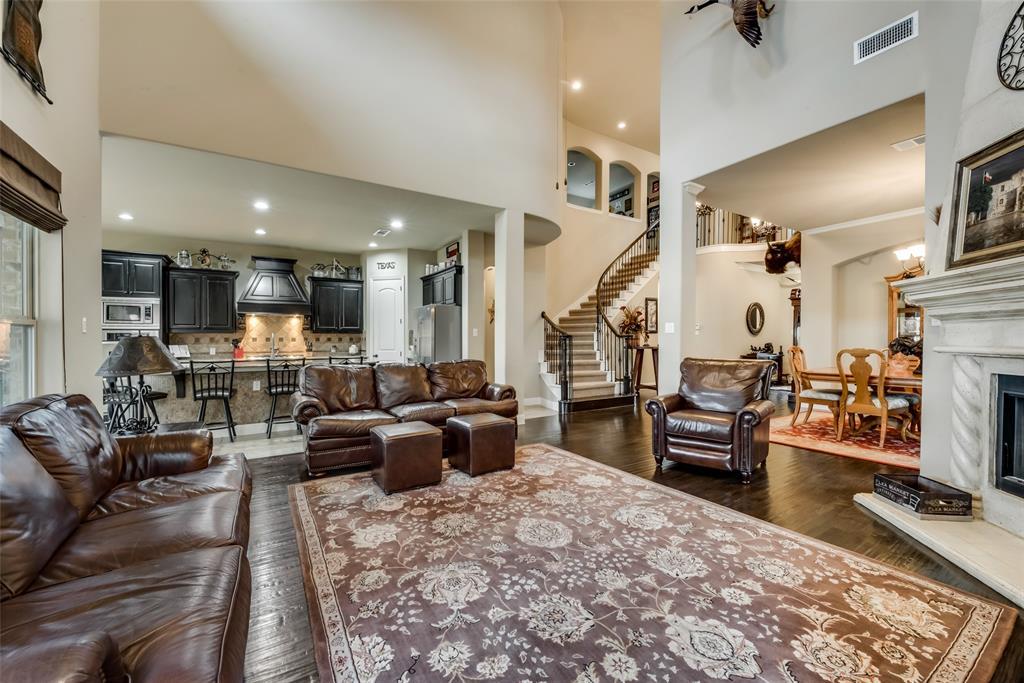 9451 Blanco Drive, Lantana, Texas 76226 - acquisto real estate best highland park realtor amy gasperini fast real estate service