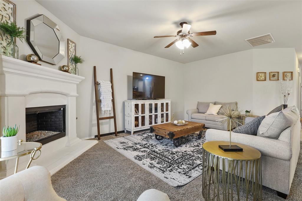 1429 Caruth Lane, Celina, Texas 75009 - acquisto real estate best prosper realtor susan cancemi windfarms realtor