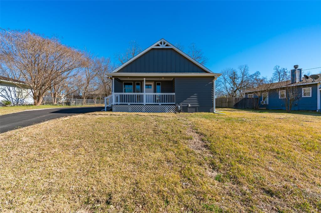 505 Preston Street, Wolfe City, Texas 75496 - Acquisto Real Estate best plano realtor mike Shepherd home owners association expert