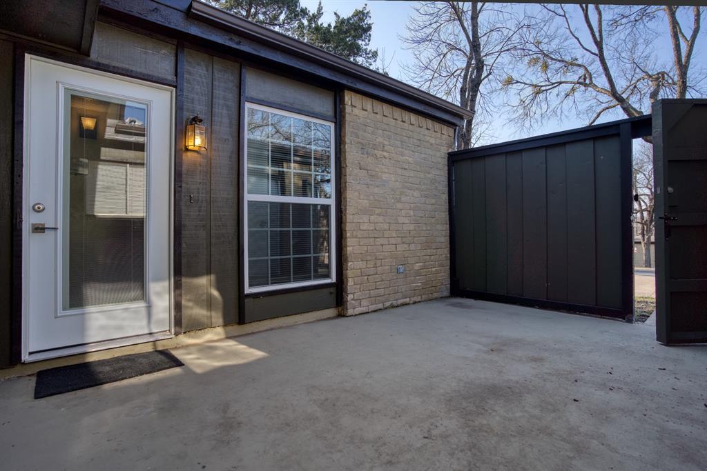 4612 Country Creek  Drive, Dallas, Texas 75236 - acquisto real estate best prosper realtor susan cancemi windfarms realtor