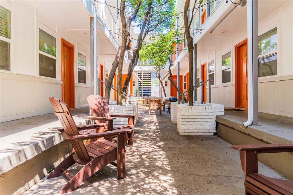 4927 San Jacinto Street, Dallas, Texas 75206 - Acquisto Real Estate best plano realtor mike Shepherd home owners association expert