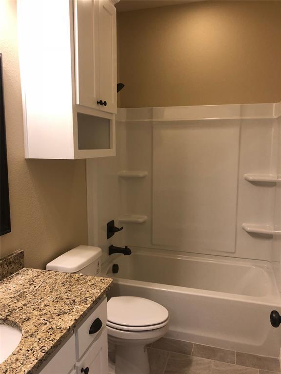 211 Hilre Drive, Sherman, Texas 75092 - acquisto real estate best listing agent in the nation shana acquisto estate realtor