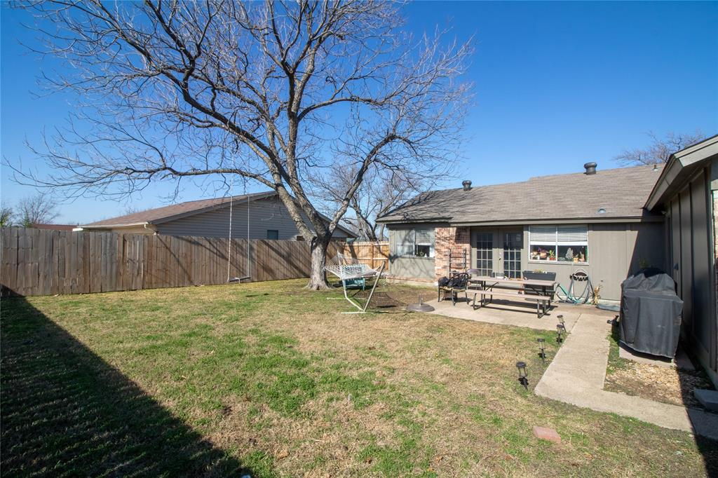 2128 Placid Drive, Carrollton, Texas 75007 - acquisto real estate best highland park realtor amy gasperini fast real estate service