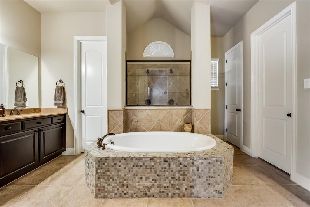 9451 Blanco Drive, Lantana, Texas 76226 - acquisto real estate best investor home specialist mike shepherd relocation expert