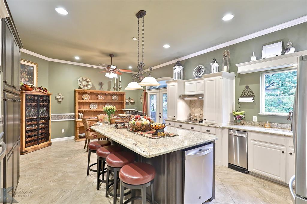 2409 Wyndham  Court, Abilene, Texas 79606 - acquisto real estate best celina realtor logan lawrence best dressed realtor