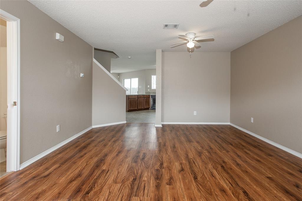 8304 Cutter Hill Avenue, Fort Worth, Texas 76134 - acquisto real estate best celina realtor logan lawrence best dressed realtor