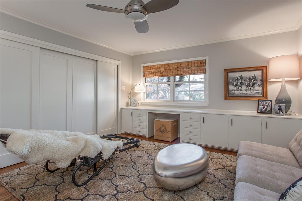 3813 Glenwood Drive, Fort Worth, Texas 76109 - acquisto real estate best realtor dfw jody daley liberty high school realtor