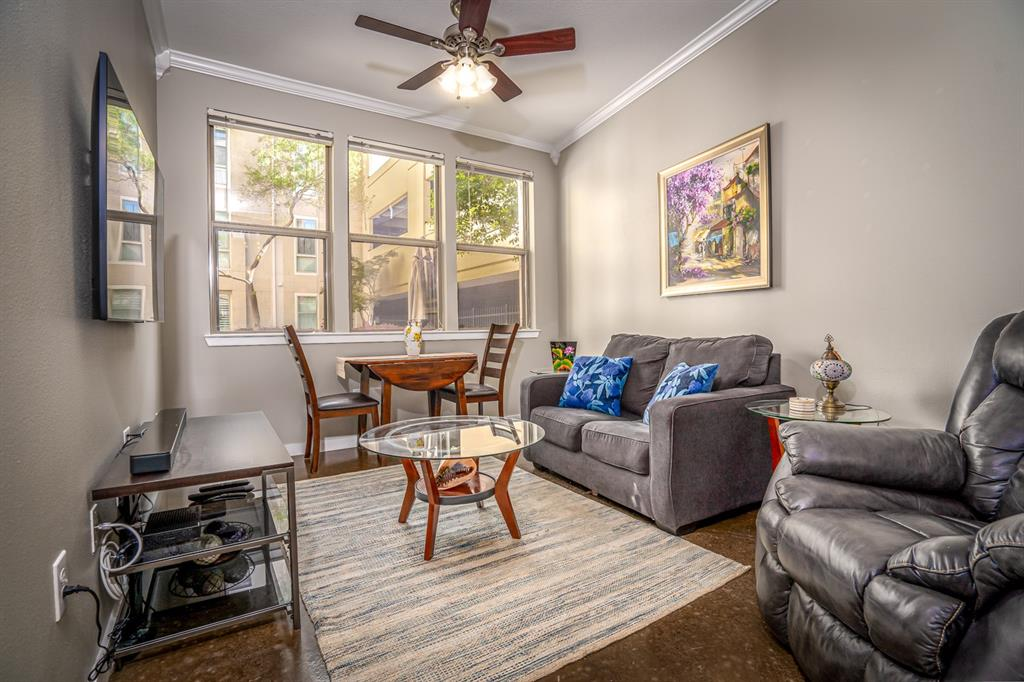 201 Lancaster Avenue, Fort Worth, Texas 76102 - Acquisto Real Estate best frisco realtor Amy Gasperini 1031 exchange expert