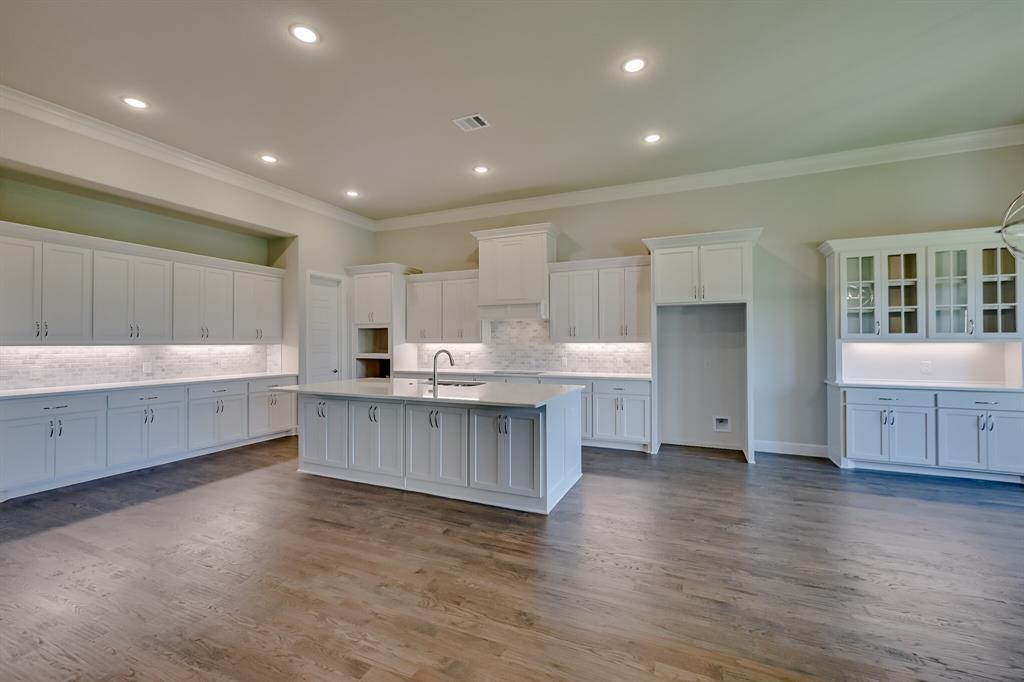 1708 Scarborough Drive, Arlington, Texas 76001 - acquisto real estate best plano real estate agent mike shepherd