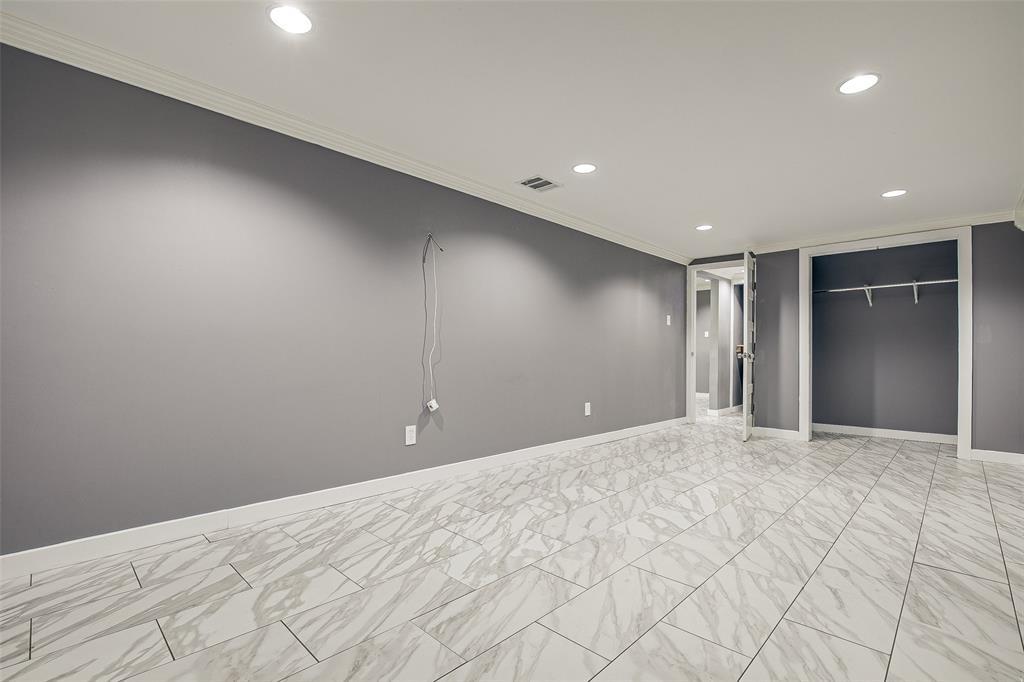 3126 Carlson Drive, Dallas, Texas 75235 - acquisto real estate best new home sales realtor linda miller executor real estate