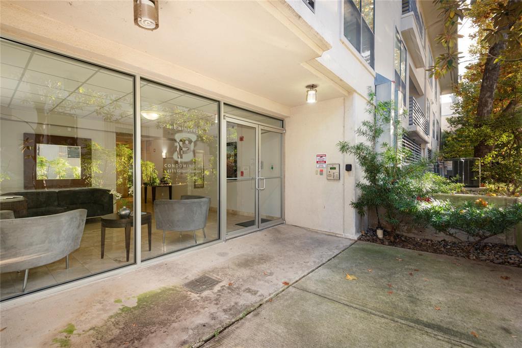 4111 Gilbert Avenue, Dallas, Texas 75219 - acquisto real estate best new home sales realtor linda miller executor real estate