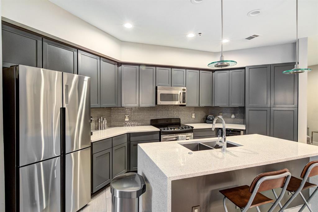 4122 Avondale  Avenue, Dallas, Texas 75219 - acquisto real estate best listing agent in the nation shana acquisto estate realtor