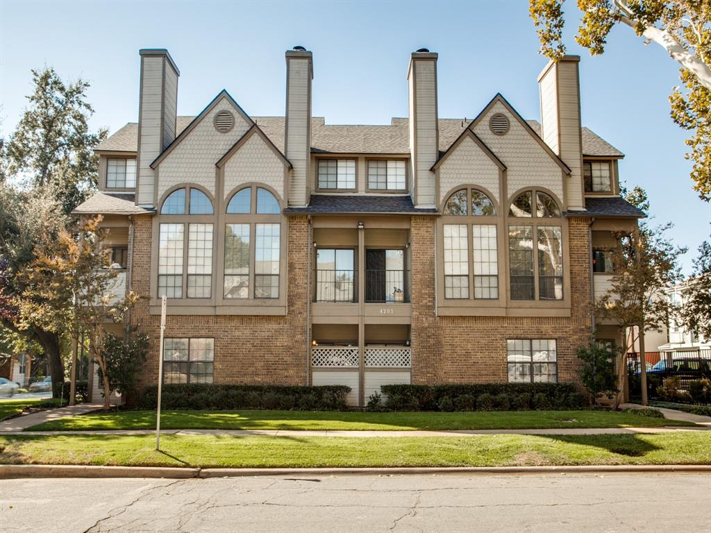 4203 Holland  Avenue, Dallas, Texas 75219 - acquisto real estate best realtor dallas texas linda miller agent for cultural buyers