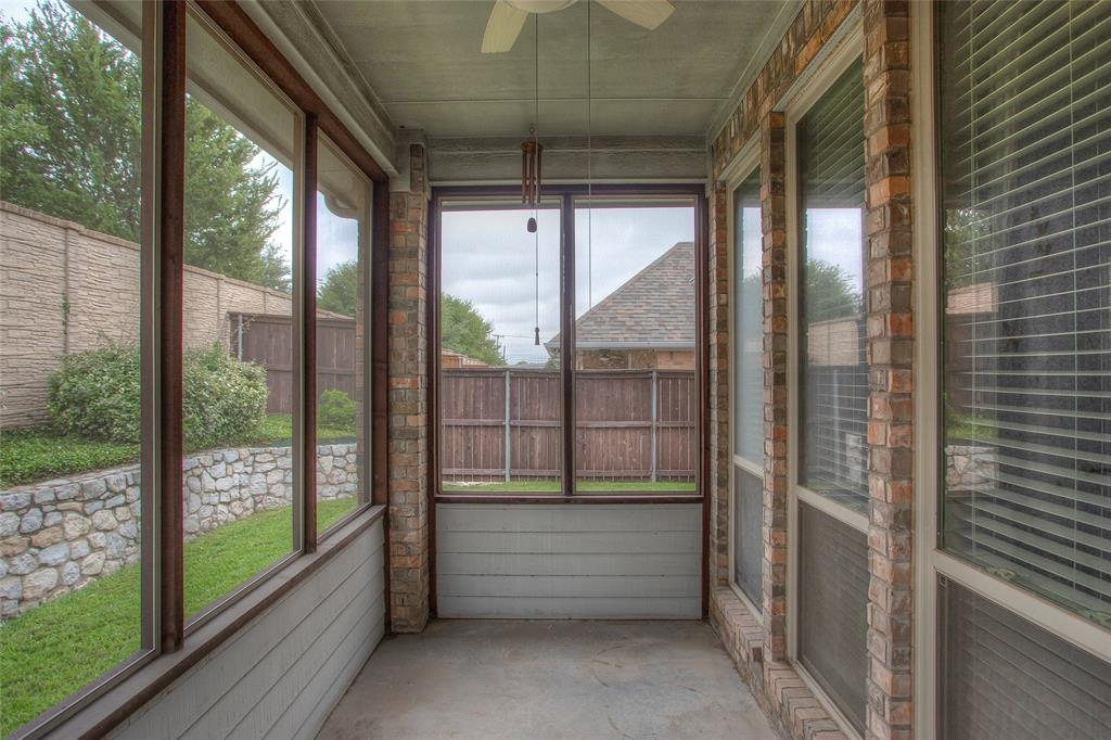 5041 Giverny Lane, Fort Worth, Texas 76116 - acquisto real estate best realtor foreclosure real estate mike shepeherd walnut grove realtor