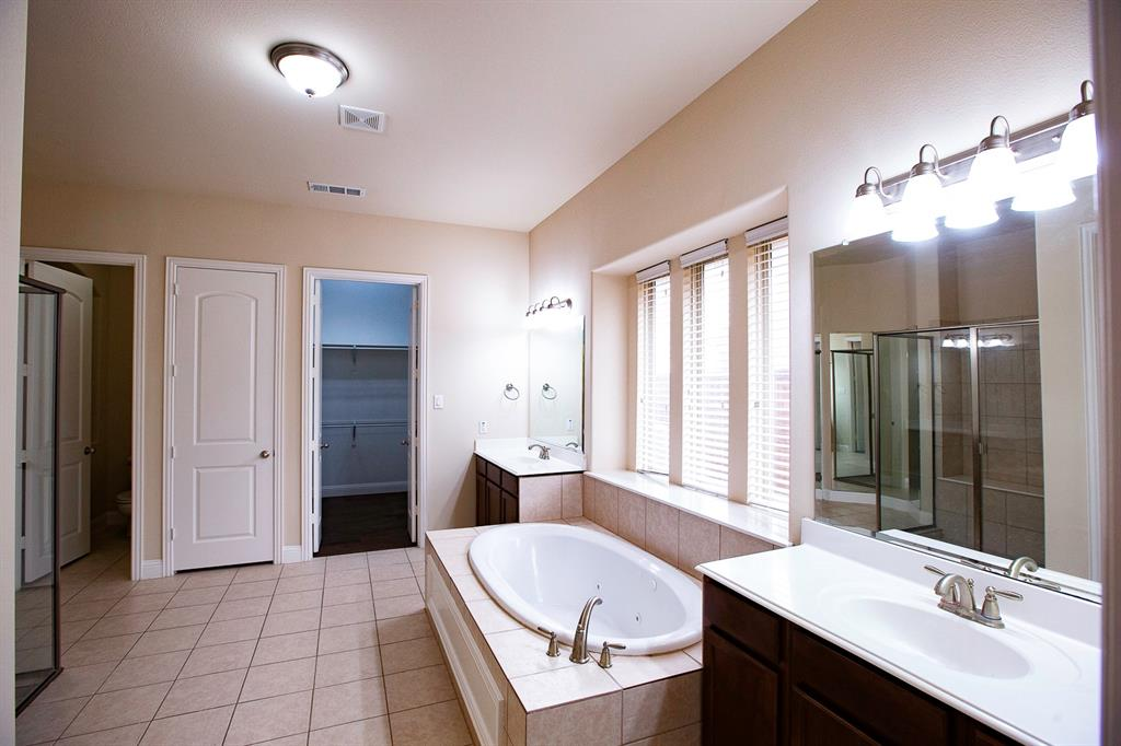 457 Rockshire Drive, Sunnyvale, Texas 75182 - acquisto real estate best luxury buyers agent in texas shana acquisto inheritance realtor