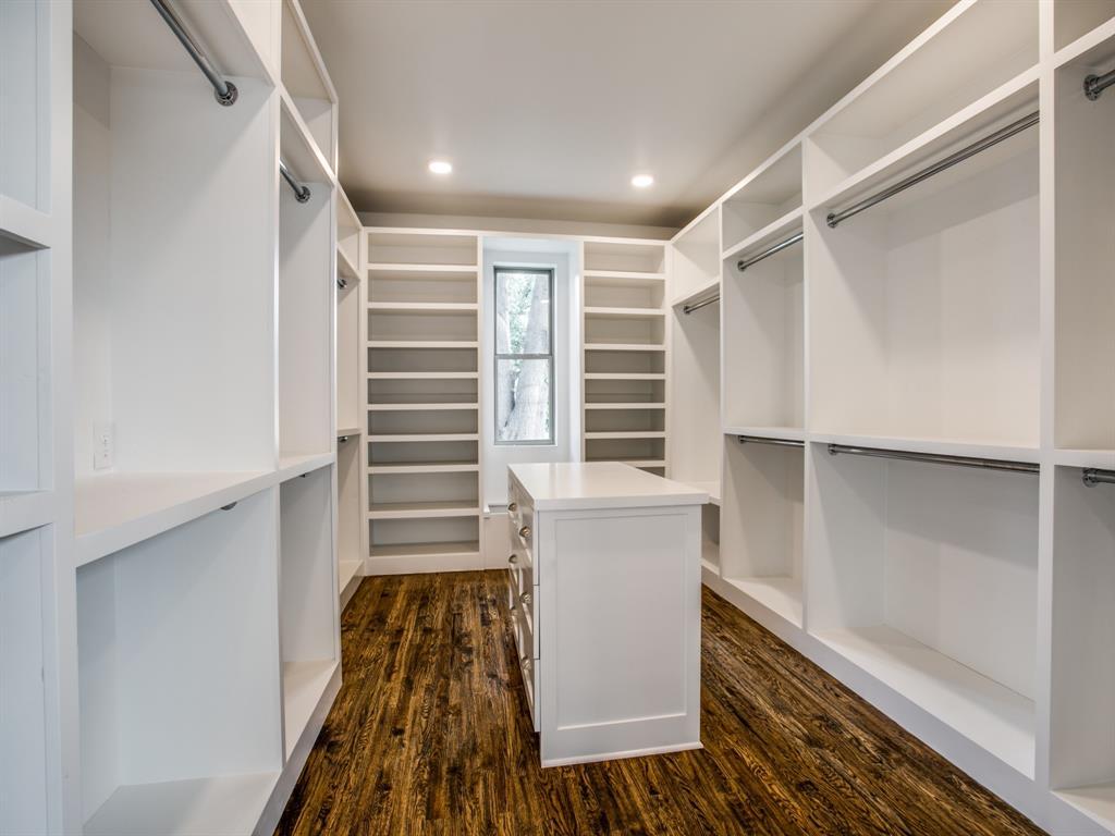 6501 Barnsbury Court, Dallas, Texas 75248 - acquisto real estate best new home sales realtor linda miller executor real estate