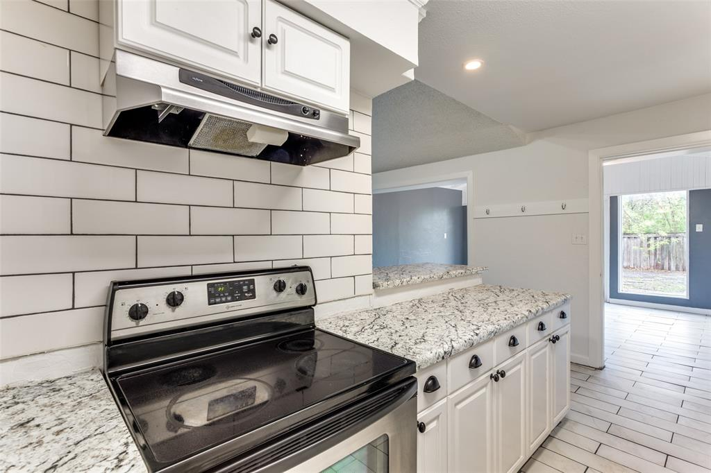 3255 Saint Croix Drive, Dallas, Texas 75229 - acquisto real estate best new home sales realtor linda miller executor real estate
