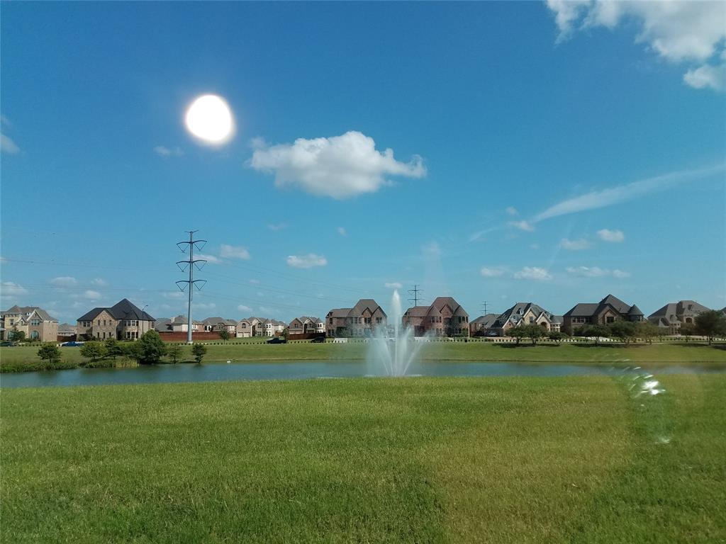 2811 Prado Grand Prairie, Texas 75054 - acquisto real estate agent of the year mike shepherd