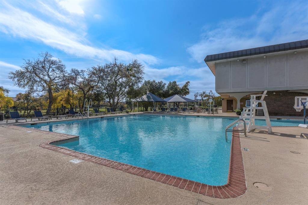 15914 Stillwood Street, Dallas, Texas 75248 - acquisto real estate best realtor dallas texas linda miller agent for cultural buyers
