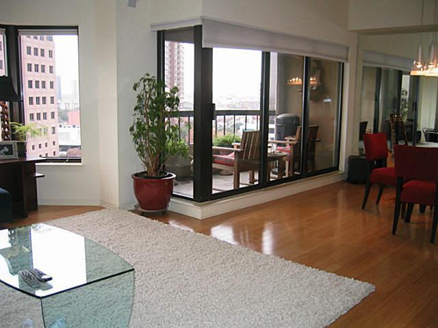 3030 Mckinney Avenue, Dallas, Texas 75204 - Acquisto Real Estate best frisco realtor Amy Gasperini 1031 exchange expert