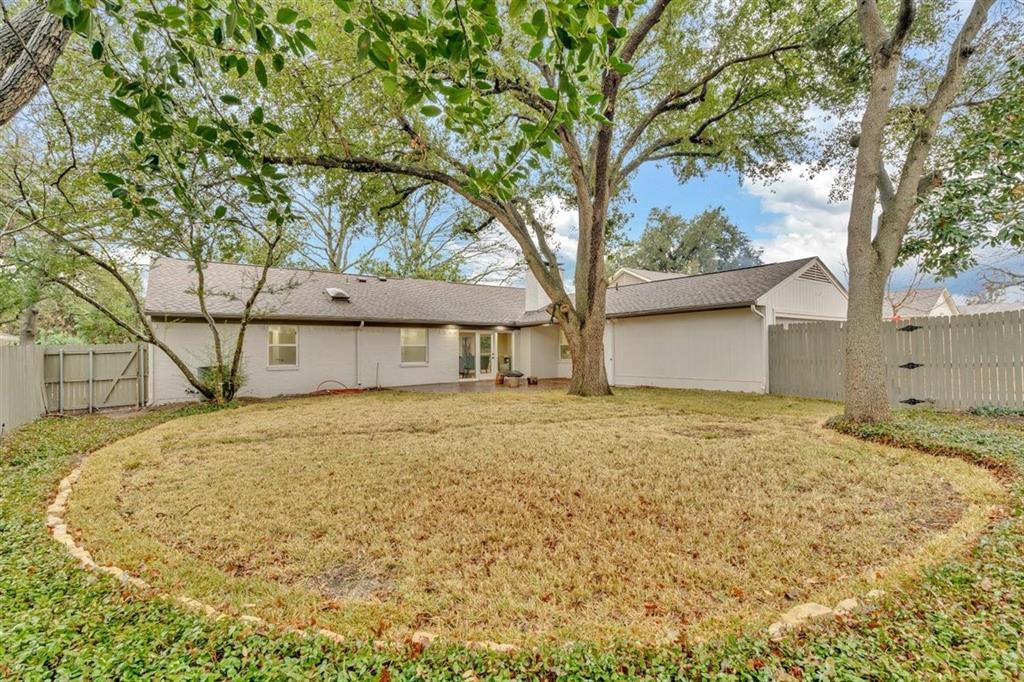 6933 Freemont Street, Dallas, Texas 75231 - acquisto real estate best negotiating realtor linda miller declutter realtor