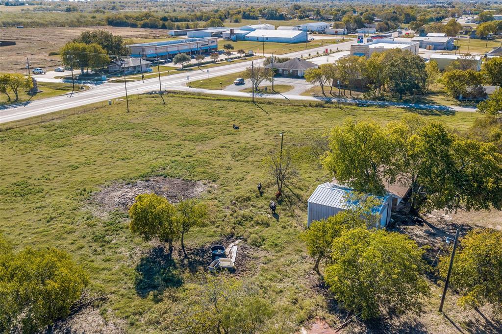 609 Seventh Street, Gunter, Texas 75058 - Acquisto Real Estate best plano realtor mike Shepherd home owners association expert