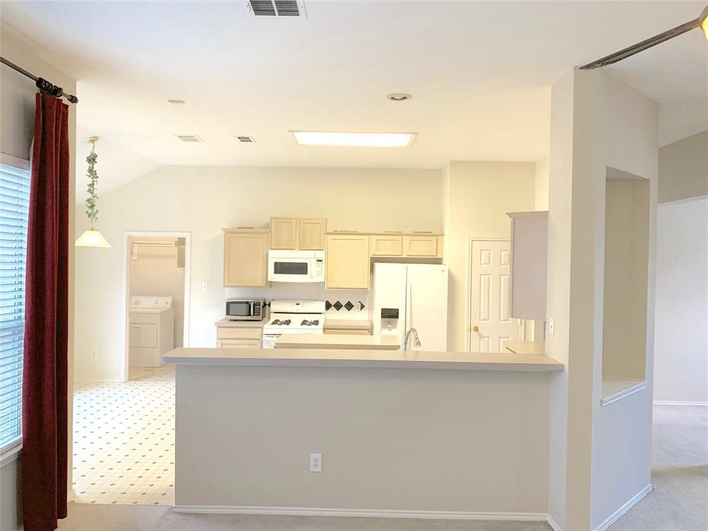 10900 Brandenberg Drive, Frisco, Texas 75035 - acquisto real estate best the colony realtor linda miller the bridges real estate
