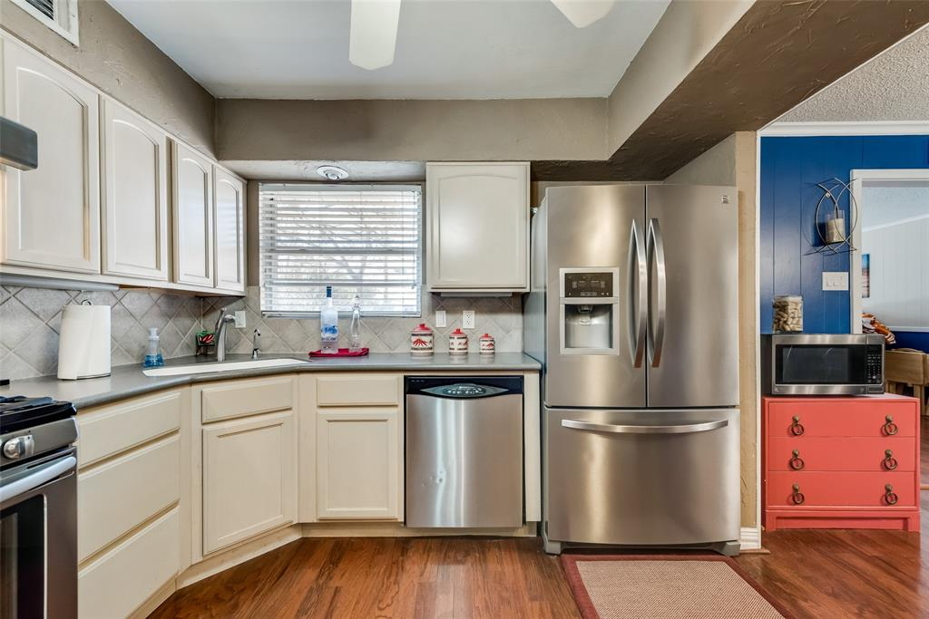 11615 Rogue Way, Dallas, Texas 75218 - acquisto real estate best real estate company to work for