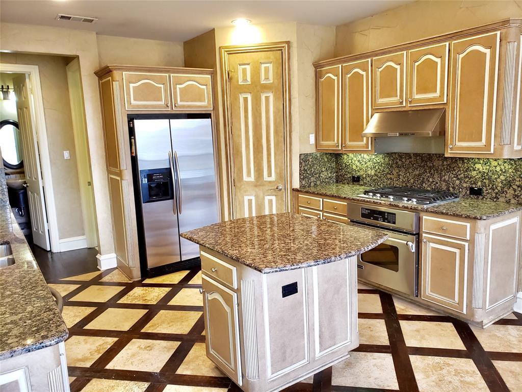 4303 Spyglass Hill Lane, Irving, Texas 75038 - acquisto real estate best highland park realtor amy gasperini fast real estate service