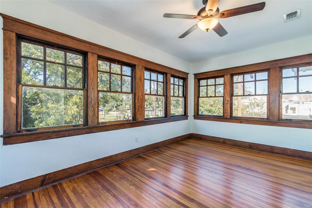602 Travis Street, Sherman, Texas 75090 - acquisto real estate best realtor foreclosure real estate mike shepeherd walnut grove realtor
