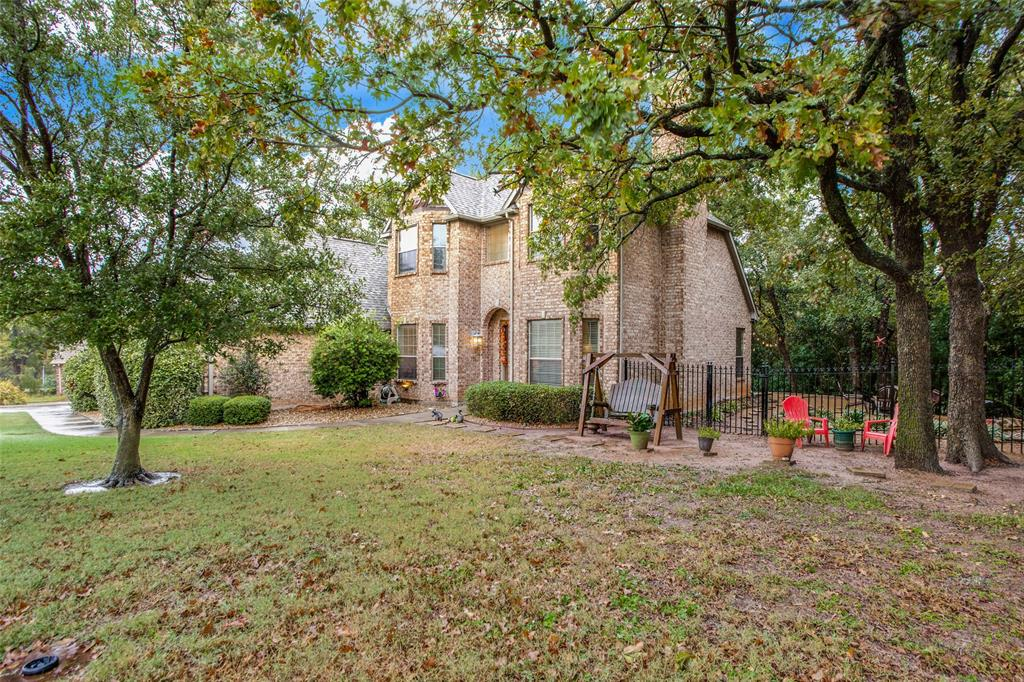 455 Panorama Circle, Pottsboro, Texas 75076 - acquisto real estate best negotiating realtor linda miller declutter realtor