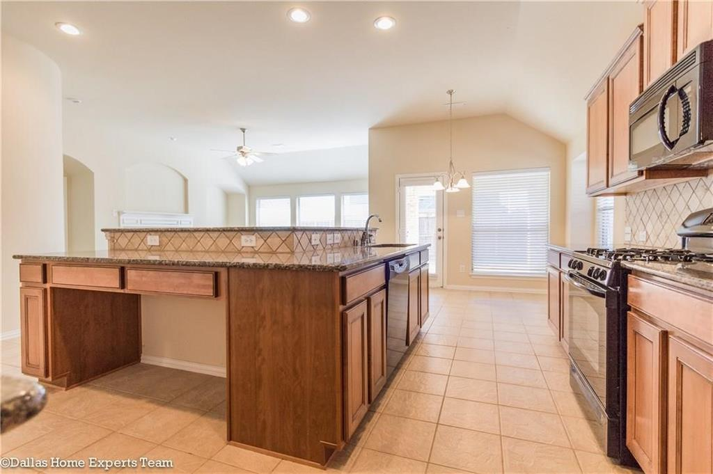 2614 Fritz Street, Melissa, Texas 75454 - acquisto real estate best real estate company to work for