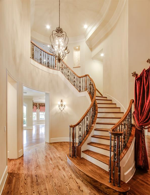 401 Fall Creek Drive, Richardson, Texas 75080 - acquisto real estate best the colony realtor linda miller the bridges real estate
