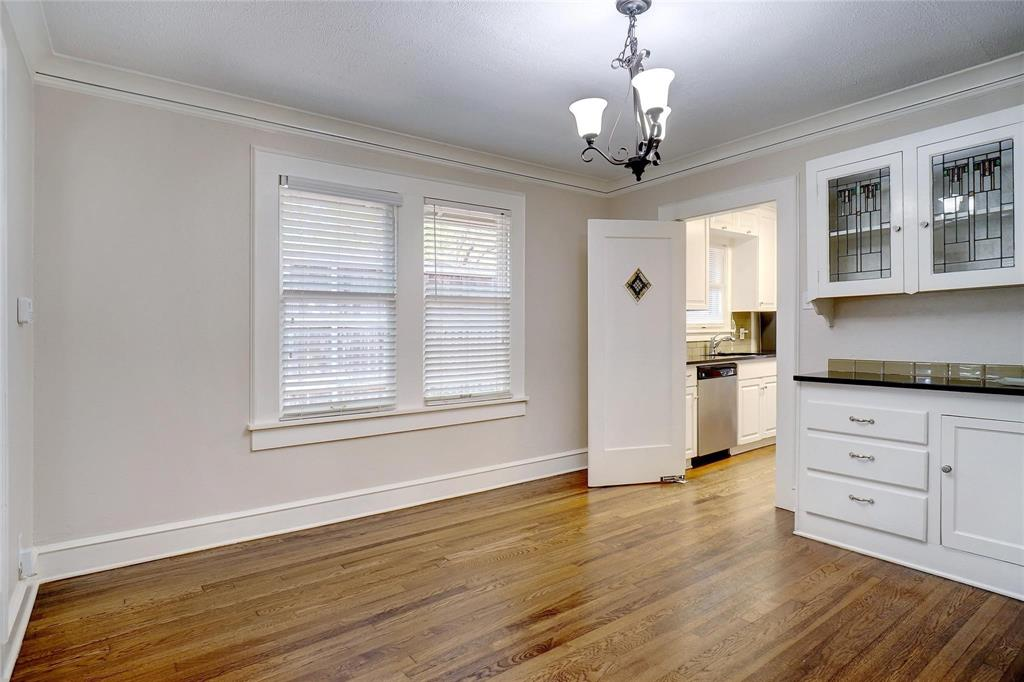 3201 Cockrell Avenue, Fort Worth, Texas 76109 - acquisto real estate best real estate company to work for