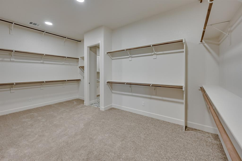1708 Scarborough Drive, Arlington, Texas 76001 - acquisto real estate best designer and realtor hannah ewing kind realtor