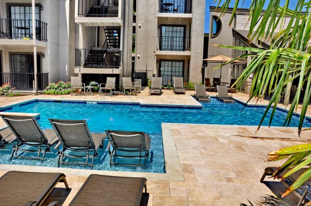 6910 Skillman Street, Dallas, Texas 75231 - acquisto real estate best designer and realtor hannah ewing kind realtor