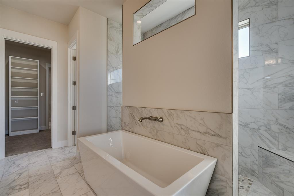 2413 Colonial Lane, Midlothian, Texas 76065 - acquisto real estate best designer and realtor hannah ewing kind realtor