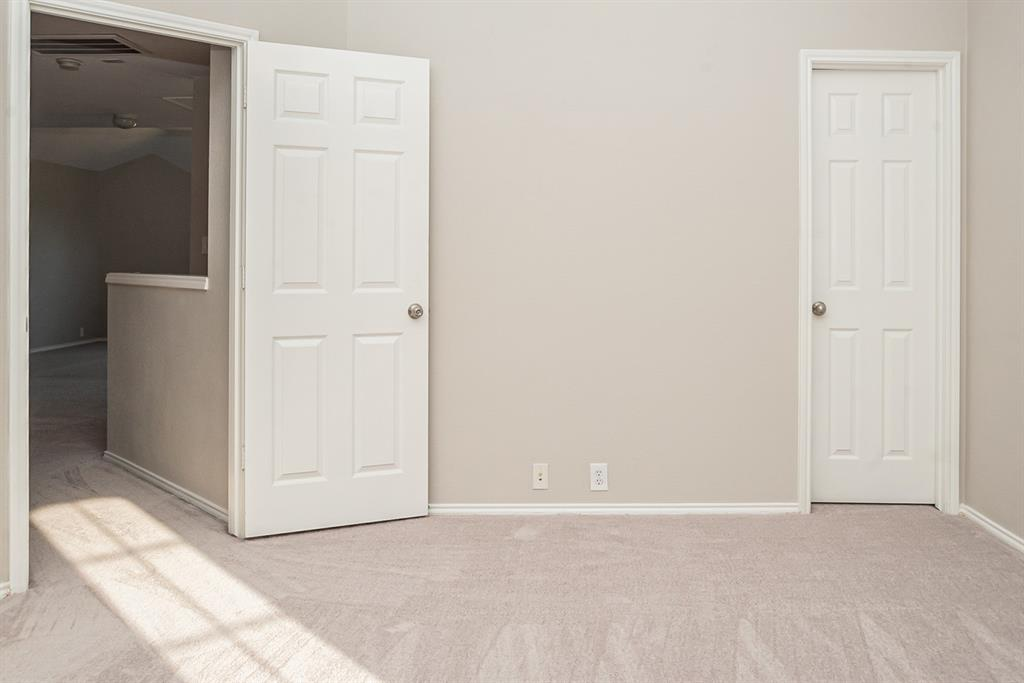 3920 Lochridge Court, North Richland Hills, Texas 76180 - acquisto real estate best style realtor kim miller best real estate reviews dfw