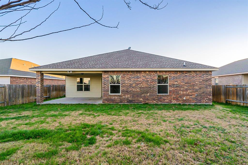 441 Buoy Drive, Crowley, Texas 76036 - acquisto real estate best celina realtor logan lawrence best dressed realtor