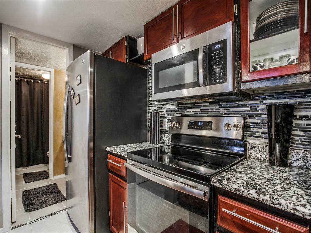 4627 Country Creek Drive, Dallas, Texas 75236 - acquisto real estate best designer and realtor hannah ewing kind realtor