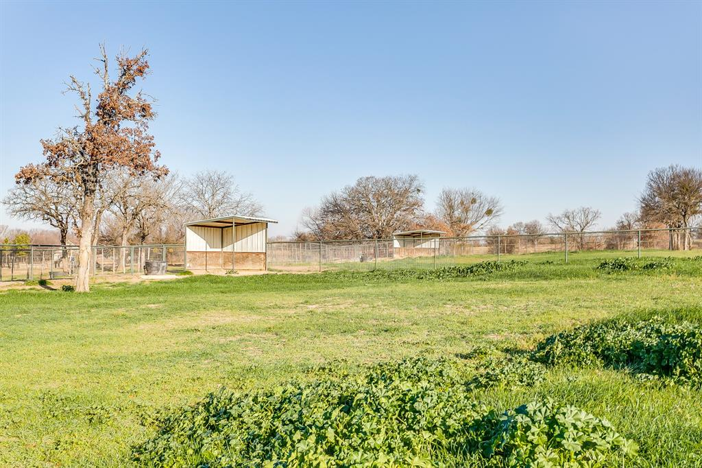 349 Young Bend Road, Brock, Texas 76087 - acquisto real estate best realtor foreclosure real estate mike shepeherd walnut grove realtor