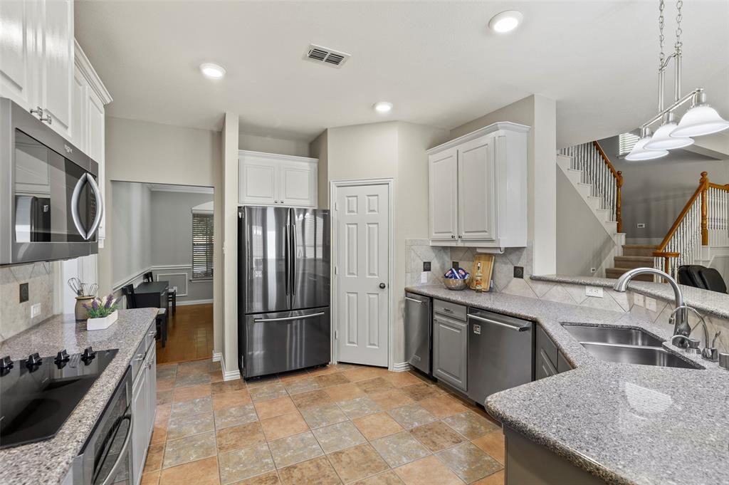 8450 Linden Street, Lantana, Texas 76226 - acquisto real estate best allen realtor kim miller hunters creek expert