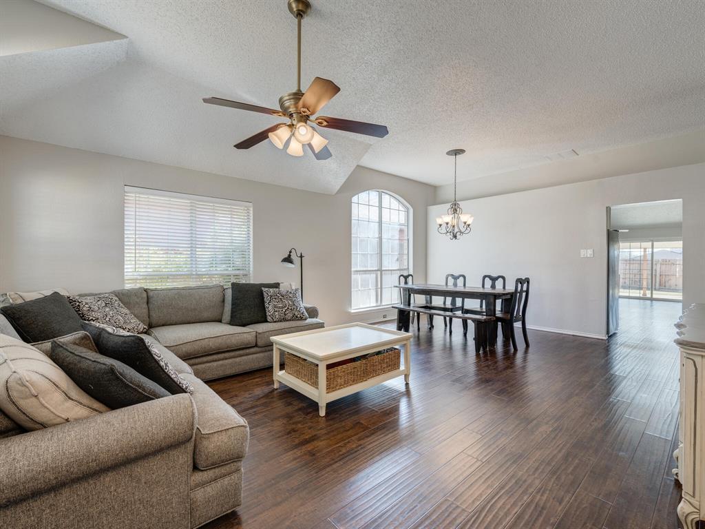 2813 Salado Trail, Fort Worth, Texas 76118 - acquisto real estate best prosper realtor susan cancemi windfarms realtor