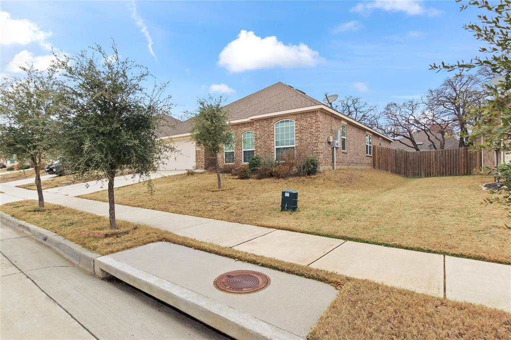 2425 Summer Trail Drive, Denton, Texas 76209 - acquisto real estate best allen realtor kim miller hunters creek expert