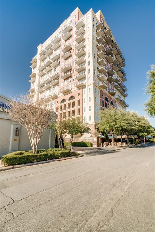 4611 Travis Street, Dallas, Texas 75205 - acquisto real estate best park cities realtor kim miller best staging agent