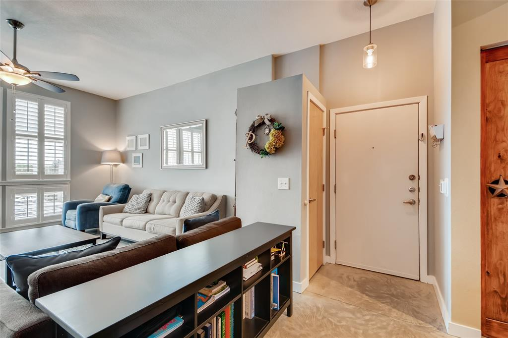 201 Lancaster Avenue, Fort Worth, Texas 76102 - acquisto real estate best new home sales realtor linda miller executor real estate