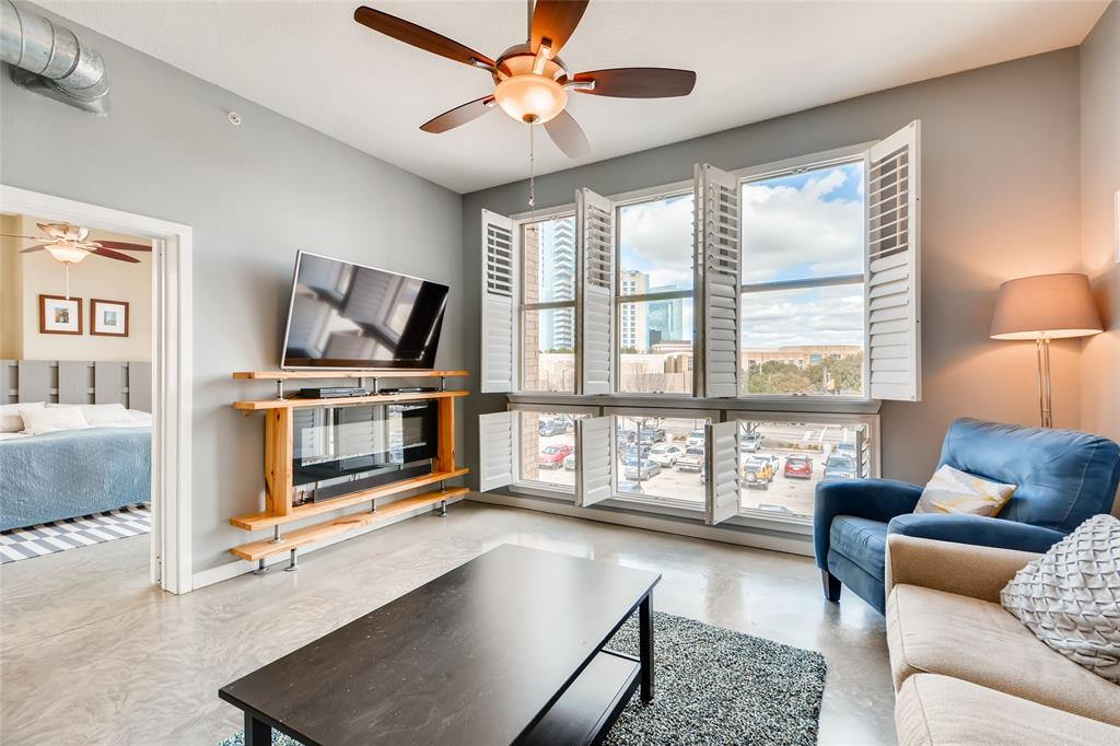 201 Lancaster Avenue, Fort Worth, Texas 76102 - Acquisto Real Estate best plano realtor mike Shepherd home owners association expert