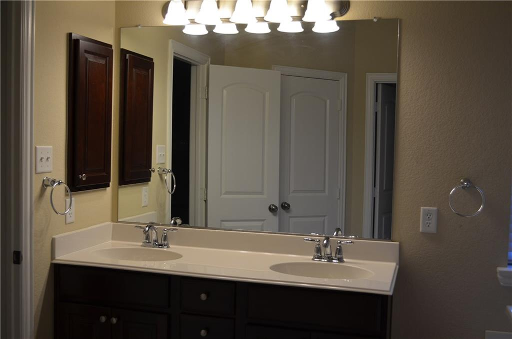2665 Chambers Drive, Lewisville, Texas 75067 - acquisto real estate best real estate company to work for